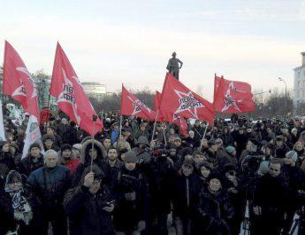 Den ryska vänsterfronten kämpar vidare mot kapitaliststyret