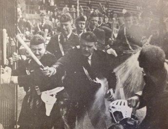 """För 50 år sedan: Skammens match stoppades i Båstad – """"De jagade oss genom halva Småland"""""""