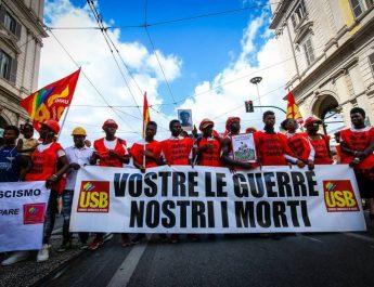 Lantarbetarna reser sig i Syditalien