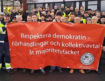 eFOLKET uppmanar: Helhjärtat stöd till hamnarbetarna!