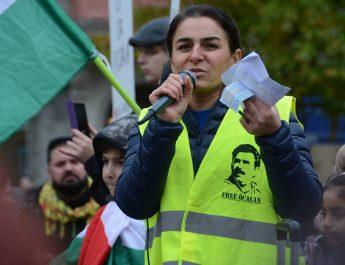 Manifestation i Eskilstuna mot Turkiets angrepp på Rojava