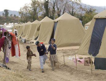 En flykting korsar sitt spår…