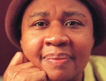 "Kortpresentation: Jamaica Kincaids roman ""På flodens botten"""