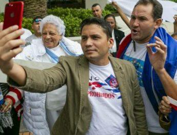 """Kubansk """"måttfull"""" opposition omfamnar det spanska fascistpartiet VOX"""
